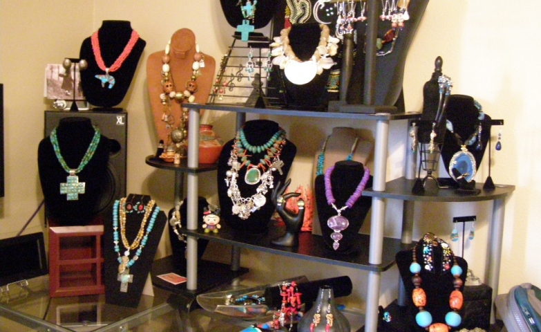 Ideas for displaying your merchandise for sale at a jewelry show, a nice setting especially for large necklace pieces.