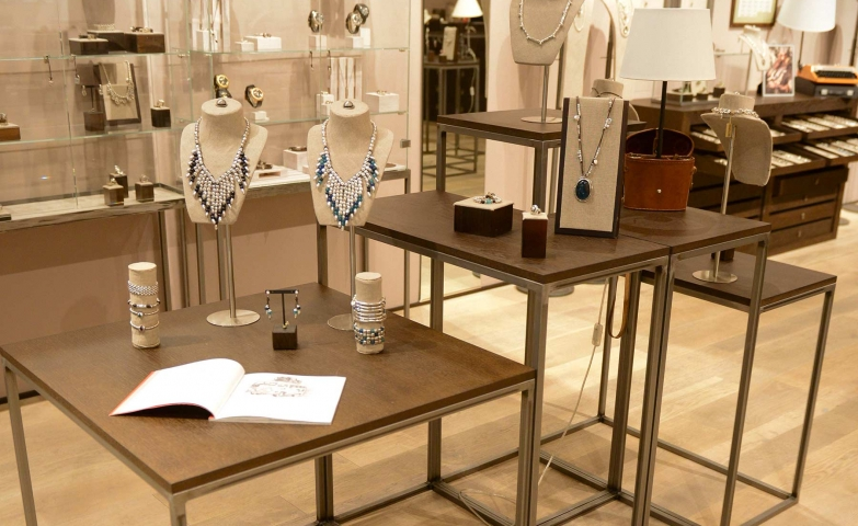 300 creative jewelry display ideas designs zen merchandiser from los angeles comes this inspiration for silver necklaces jewelry display with different sized tables and solutioingenieria Images