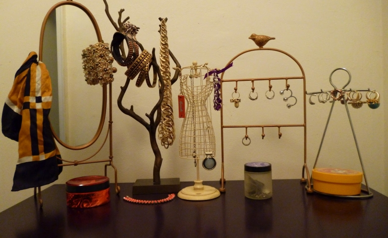 A small setting for vintage jewelry display ideas and creative ways to display jewelry.