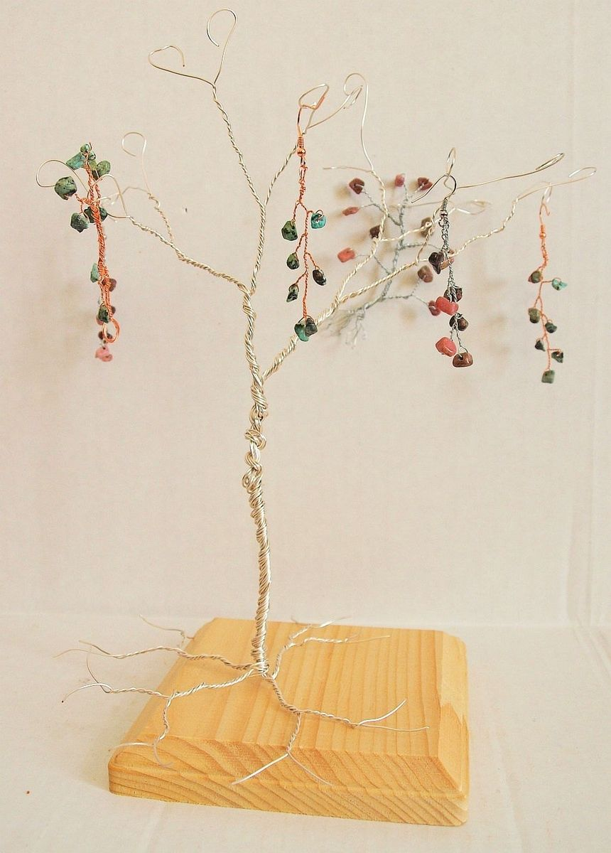 Custom made wire tree perfect for jewelry stand display and original jewelry display ideas.