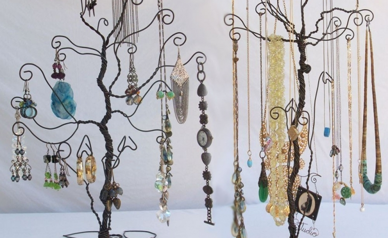 Trees made with black wire, a nice idea when it comes to jewelry display for craft shows organized in a unique way, inspiration for diy jewelry display ideas.