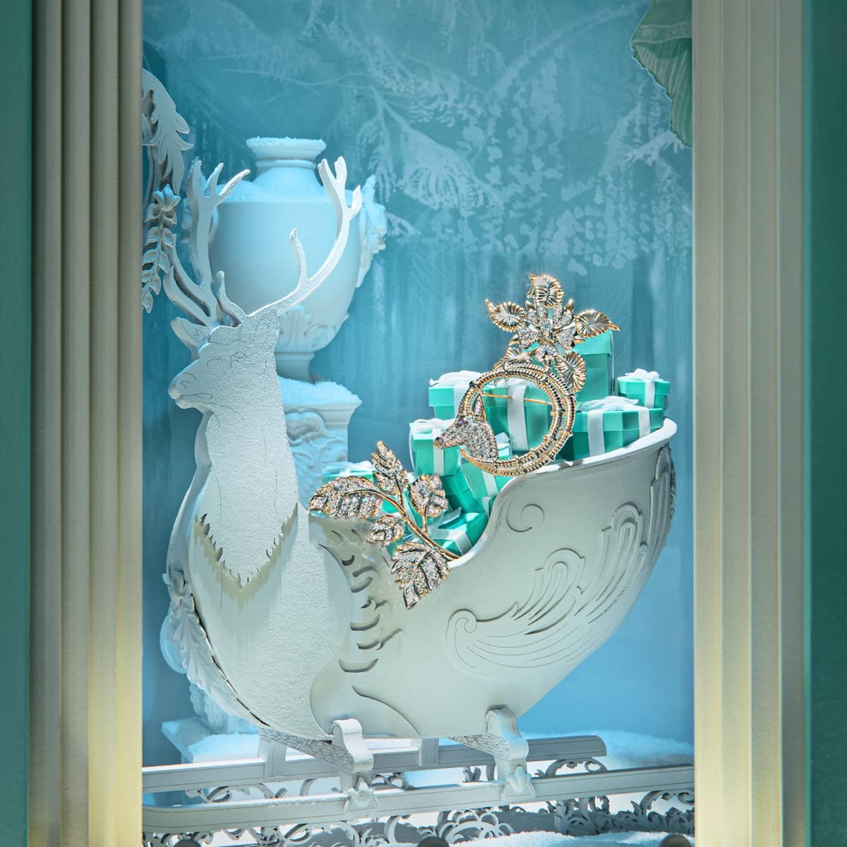Santa is coming to town and he's bringing presents! Holiday window display at Tiffany & Co, recreating the Christmas spirit in this jewelry display.