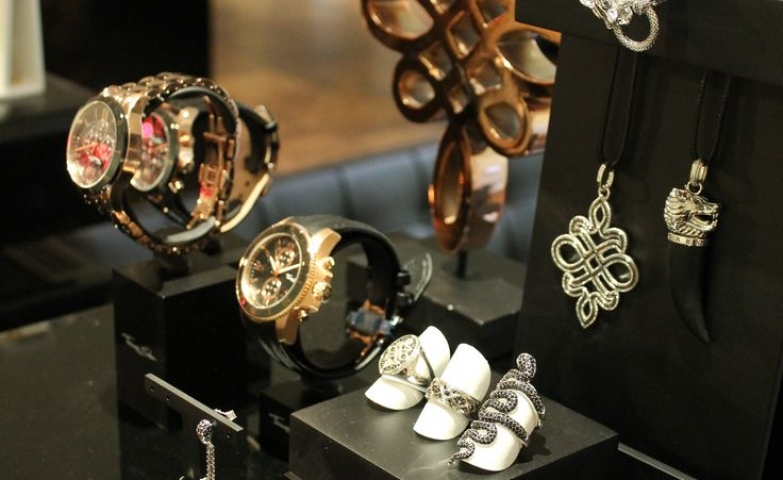 Display ideas for different jewelry sets and accessories by Thomas Sabo Fine Jewellery.