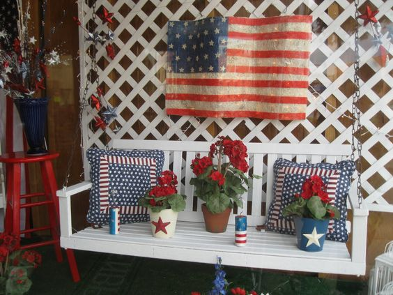 At R.Ege Antiques store, the display window is in theme with 4th of July celebration.