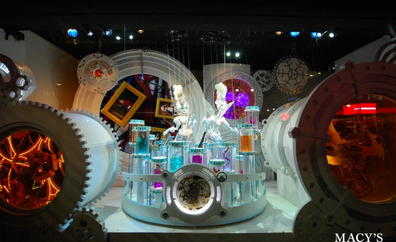Amazing window display with details as winter animals, couture, extravagance all transformed into a winter wonderland.