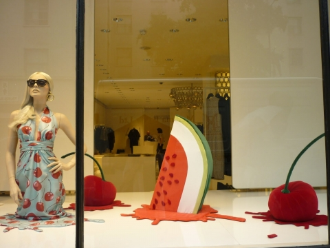 This special Moschino window display is inspired by the delicious melted ice cream.