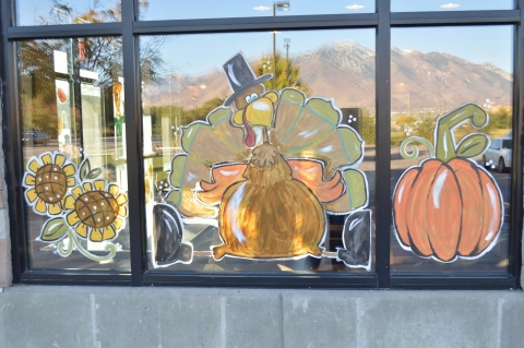 This is a cute theme for autumn, painted on the display with some fall characteristic details.