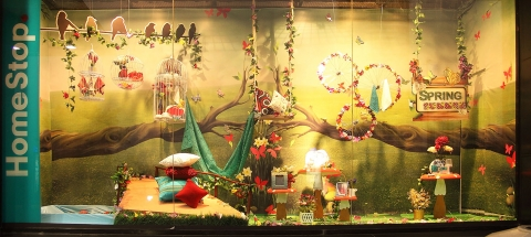 When spring turns into summer this is how a home deco store adorned its window display.