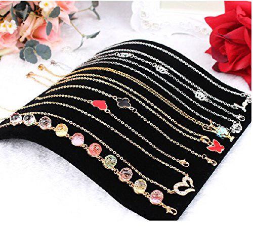 Elegant Black Curved Bracelet Holder Pad