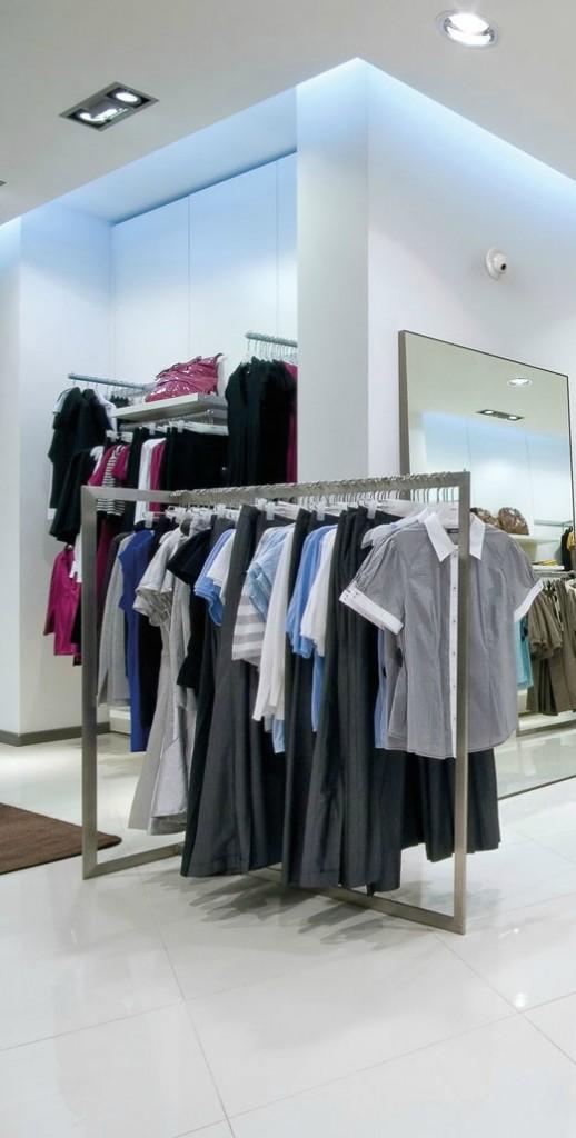 Clothing Store Lighting: Emphasizing Textile Colors   Zen