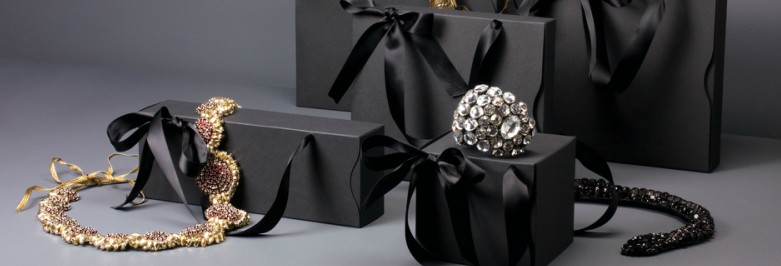 Using Jewelry Packaging to Improve Customer's Shopping Experience