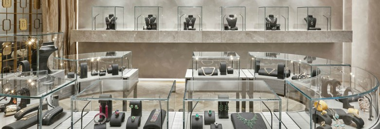 How to Maximize the Space in Your Jewelry Store
