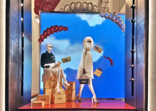Fendi is presenting us the day before the New Year's Eve, with a blue sky, flying Fendi bags and fancy clothes.