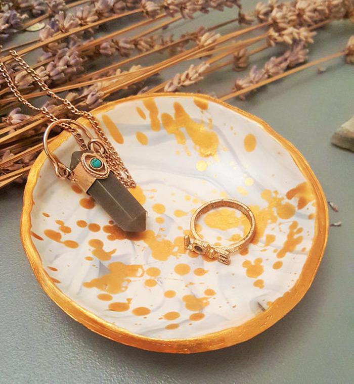 Beautiful Gold Spots White Ring Holder Dish