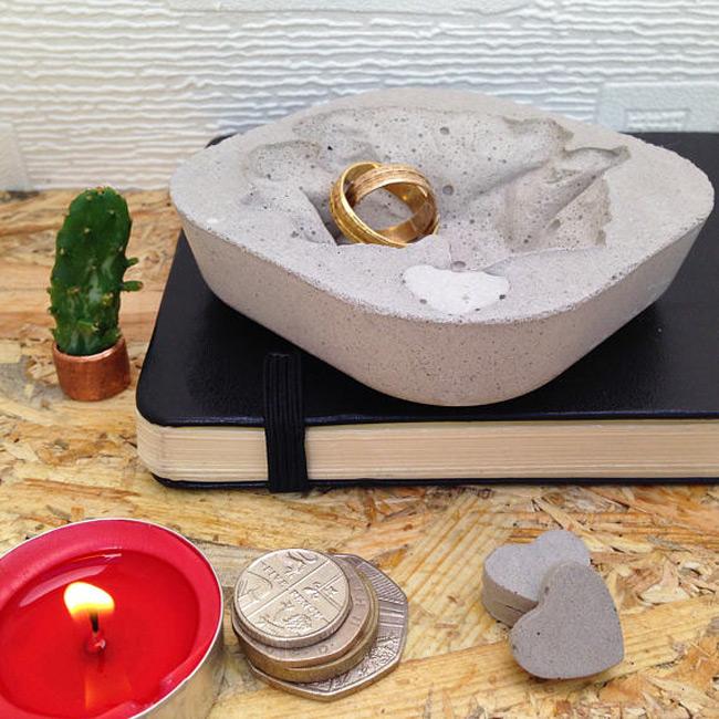 Creative Cement Ring Dish Holder