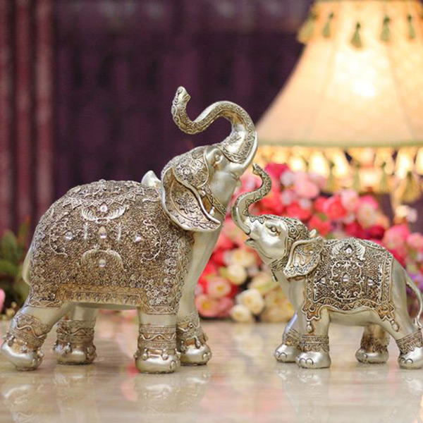Intricate Silver Patterned Elephant Ring Holder