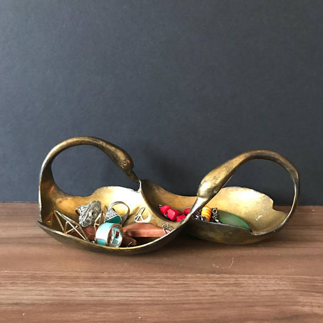 Beautiful Double Handle Golden Ring Holder Dish