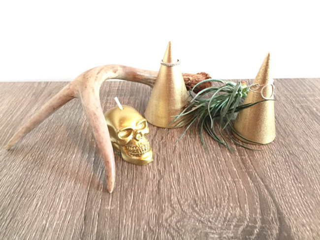 Creative Golden Jewelry Cone Holder Stands