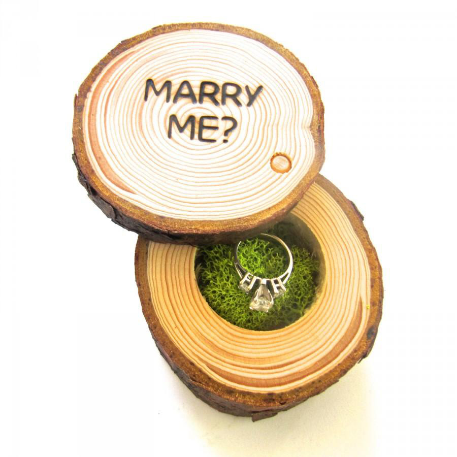 Cute Wooden Trunk Shaped Engagement Ring Holder