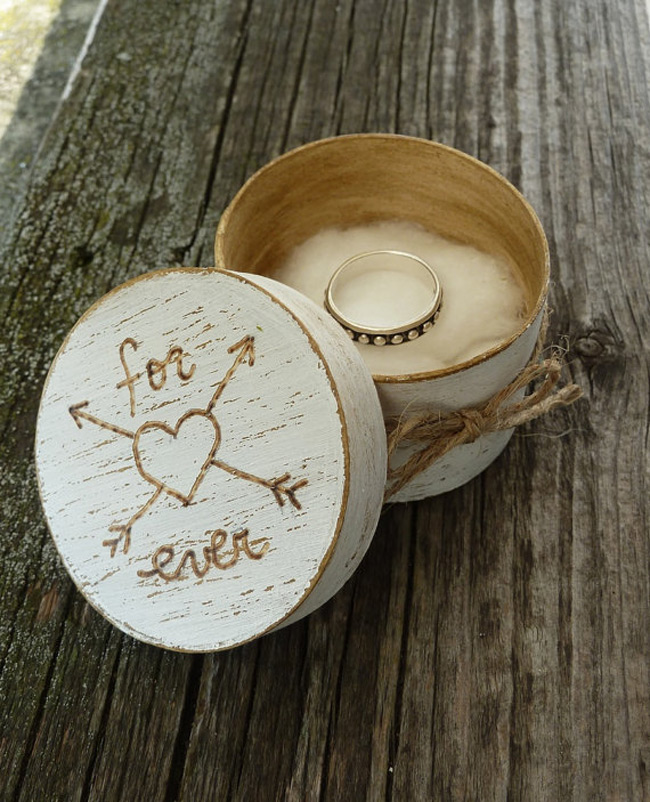 Rustic Looking Engagement Ring Round Box