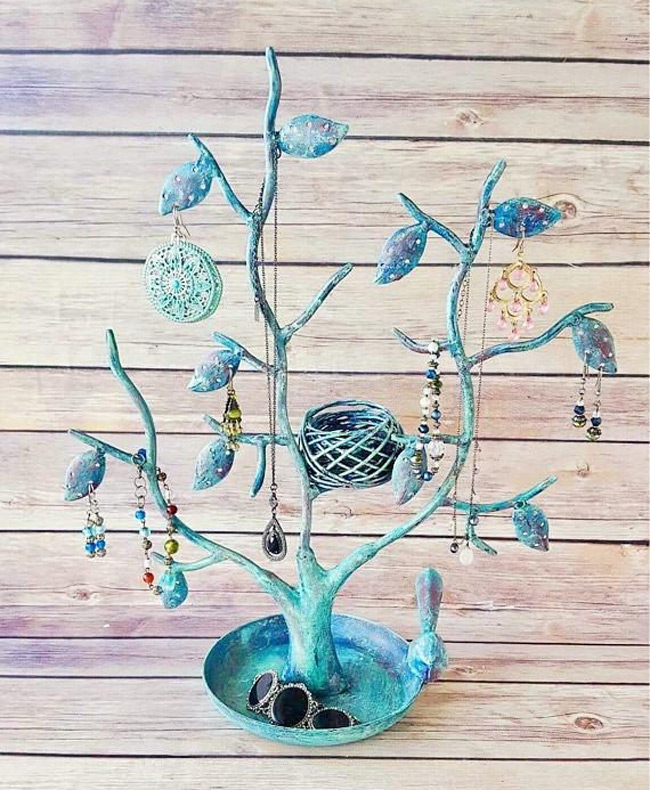 Creative Distressed Blue Jewelry Tree Holder