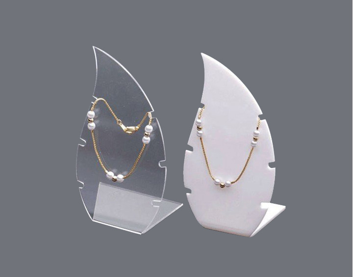 Creative Leaf Shaped Acrylic Necklace Holder Stands