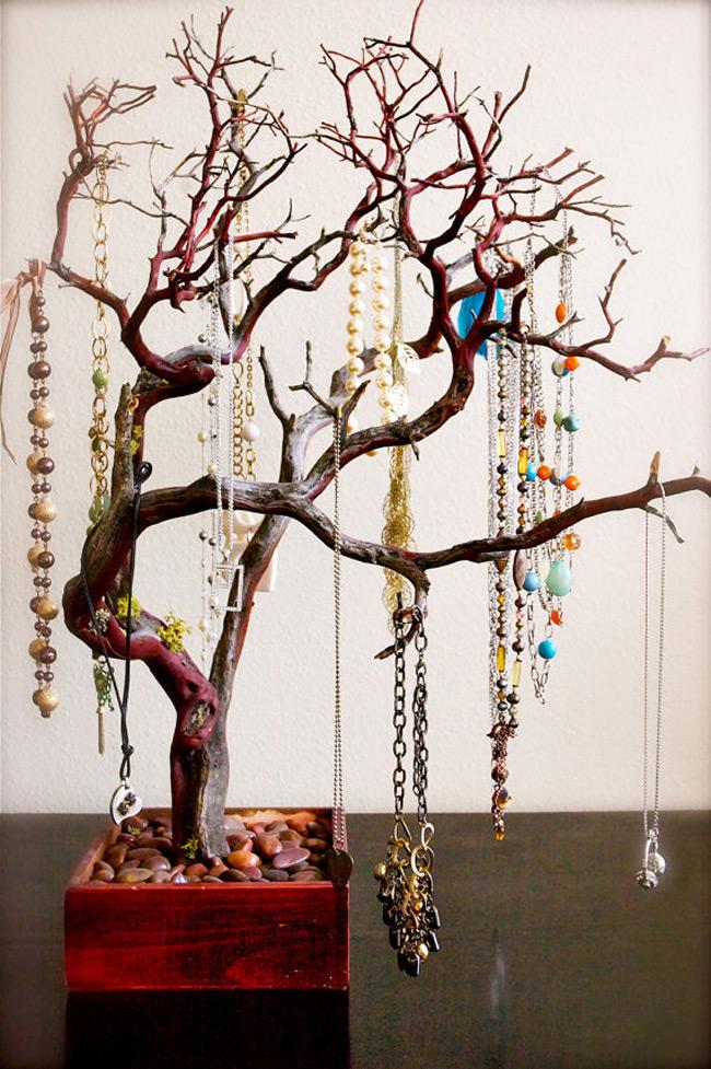 Beautiful Decorative High Capacity Jewelry Tree Holder