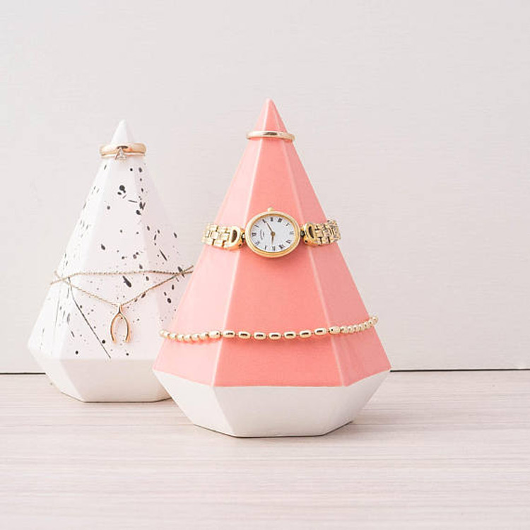 Creative Pyramid Shaped Watch Bracelet Holder