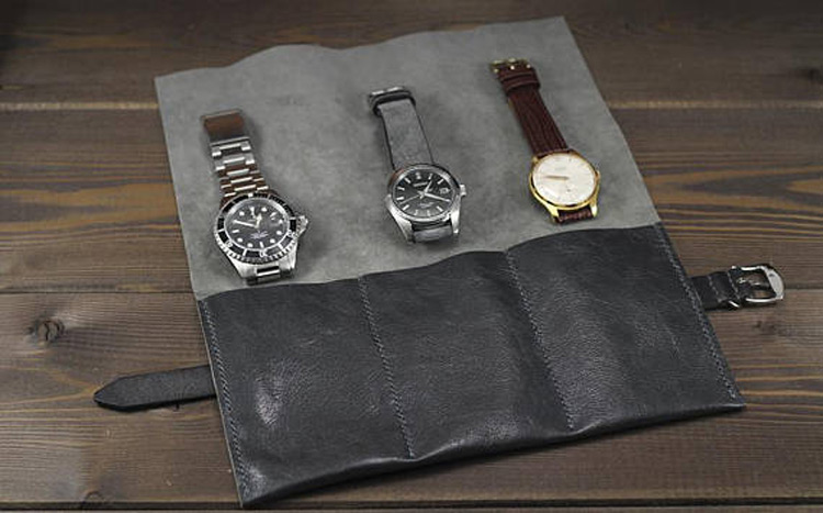 Beautiful Black Leather Triple Watch Holder Pouch