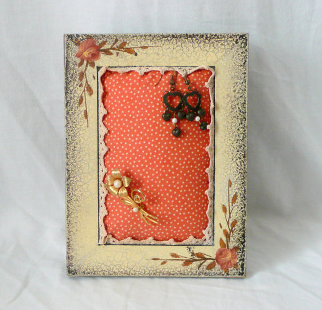 Cute Colorful Vintage Picture Frame Jewelry Holder