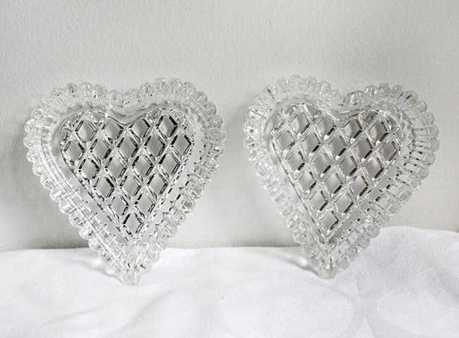 Creative Heart Shaped Crystal Ring Holders