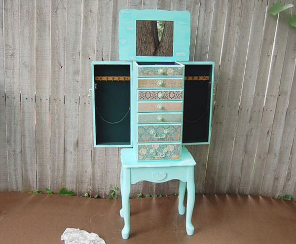 Cute Teal Decorative Small Floor Standing Jewelry Armoire