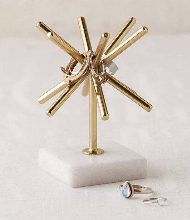 Creative Golden Jewelry Holder Stand