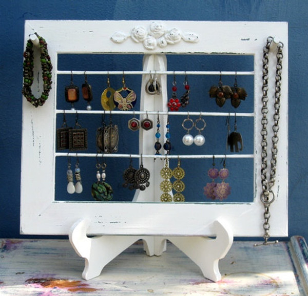 White Simple Earring Rack Holder Stand