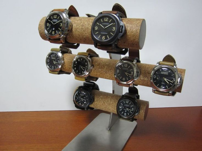 Creative Curved Triple T-Bar Watch Holder