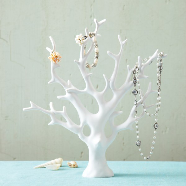 White Minimalist Coral Shaped Jewelry Tree Holder