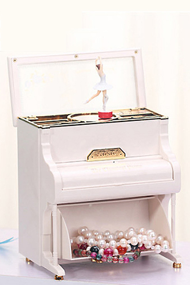 Cute White Piano Shaped Musical Jewelry Box