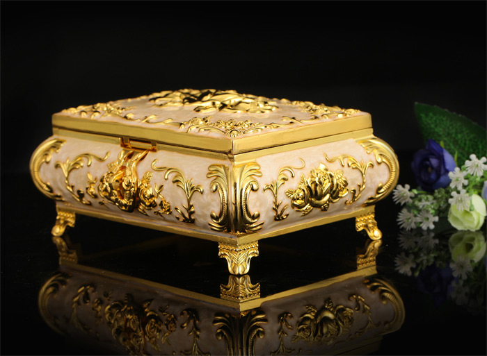 Elegant Golden Antique Standing Jewelry Box