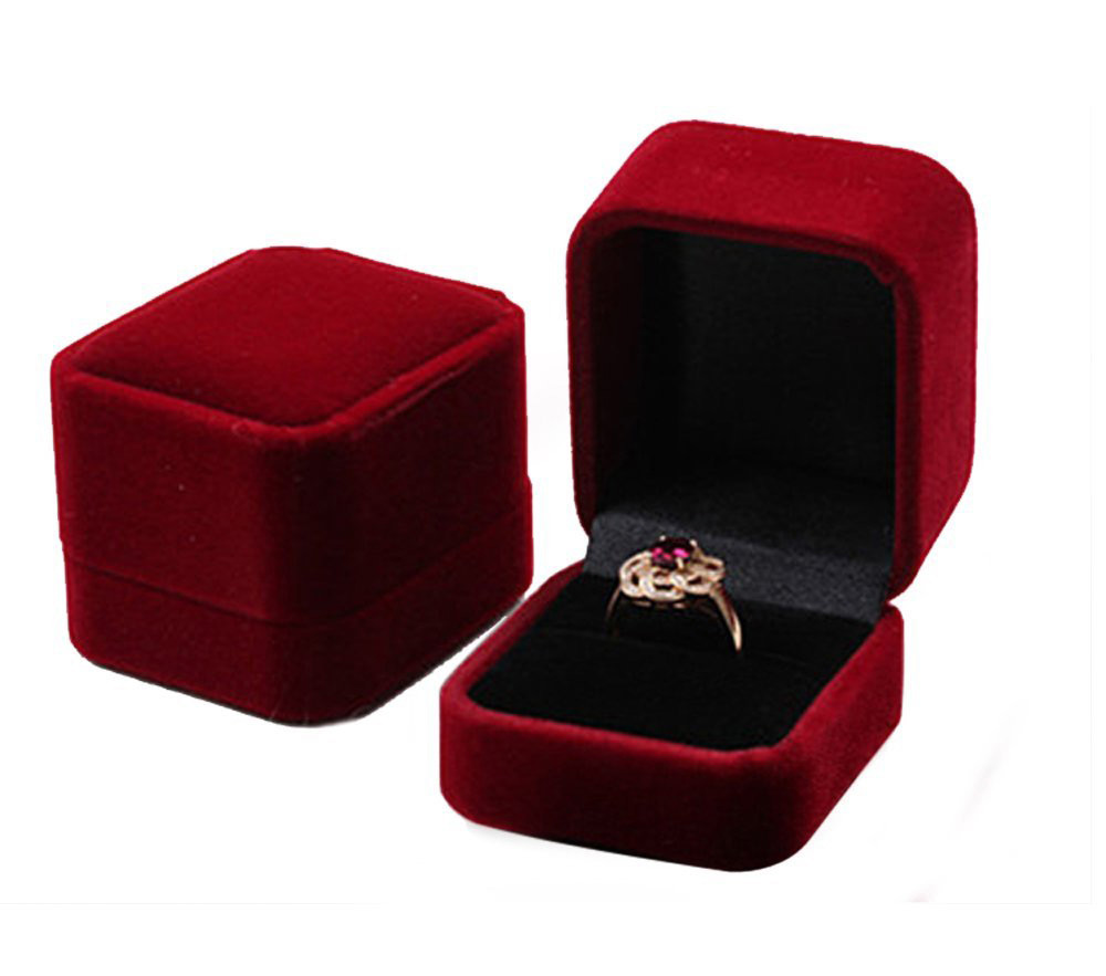 Elegant Small Simple Red Ring Box