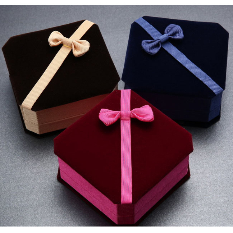 Beautiful Cute Multicolored Jewelry Gift Boxes with Ribbons