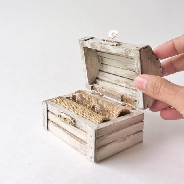 Beautiful Vintage Rustic Wedding Ring Chest Box