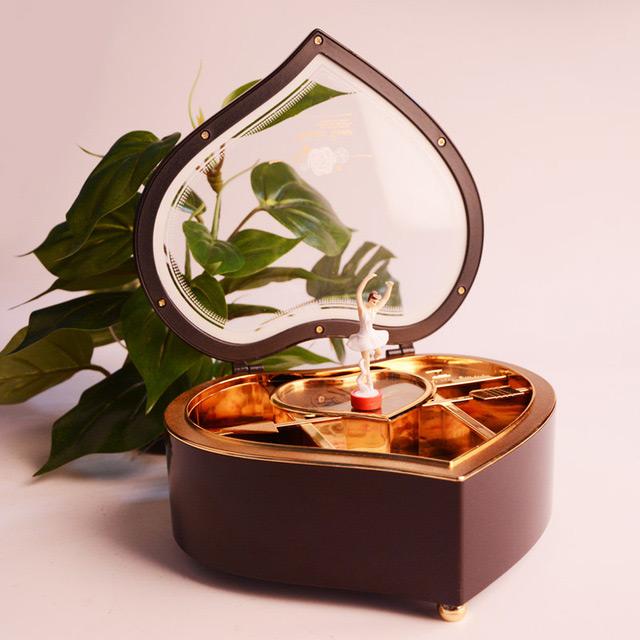 Beautiful Brown Heart Shaped Mirrored Musical Jewelry Box