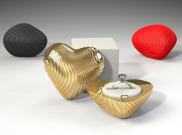 Creative Golden Heart Shaped Engagement Ring Box