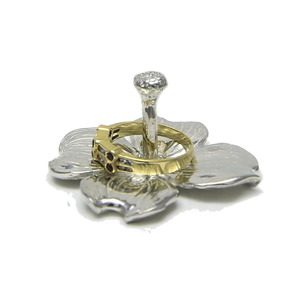 Creative Silver Lotus Flower Shaped Ring Holder