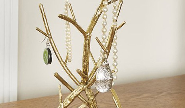 Best Necklace Holders