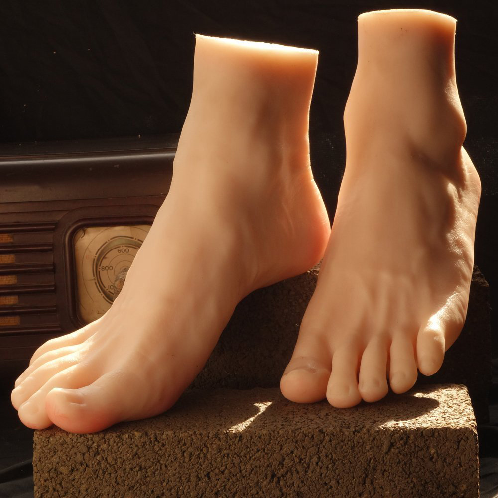 ZM-1712 - Reagan - Realistic Silicone Mannequin Feet