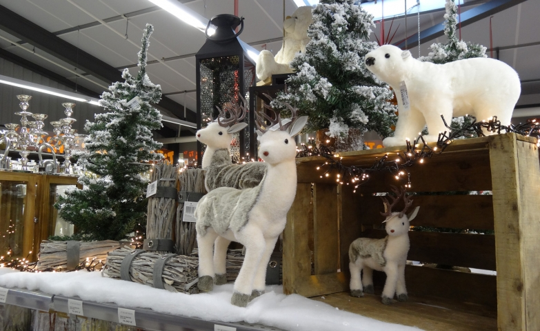 Christmas is here with these cute plush reindeers and the cute polar bear, the snowed fir and the branches for the fire.