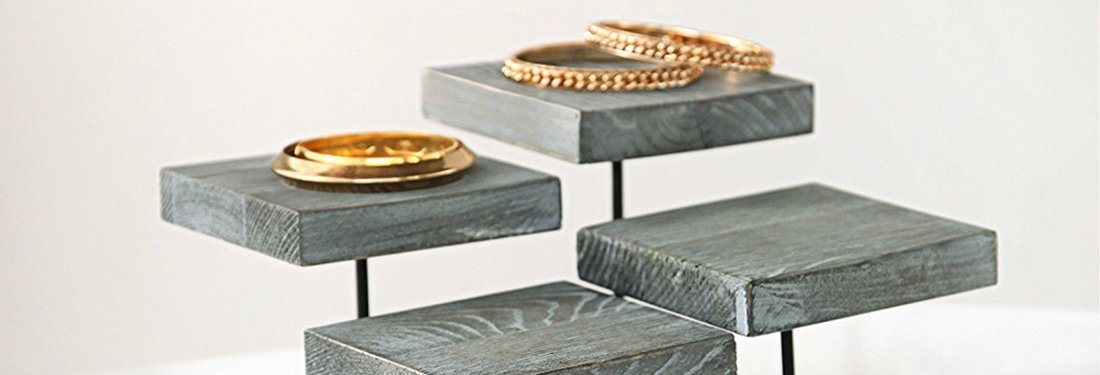 The Best Jewelry Display Stands