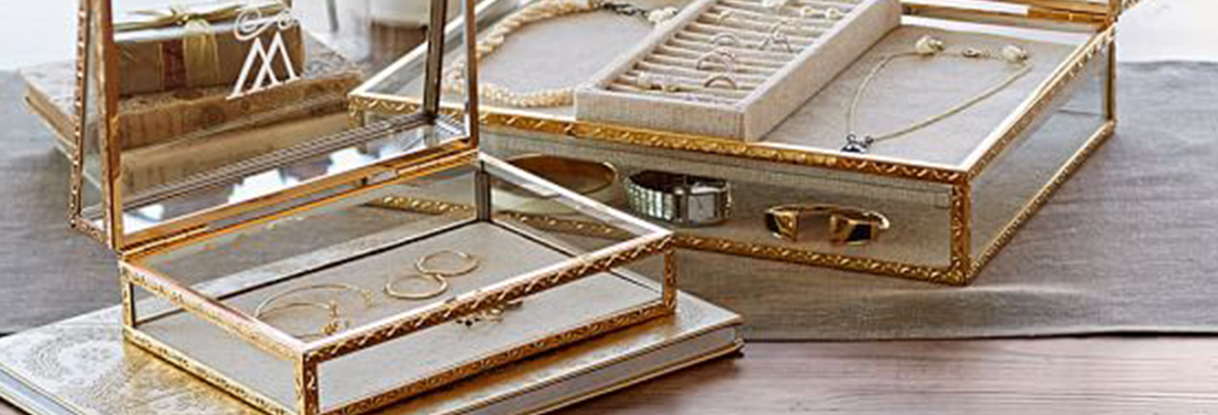 The Best Jewelry Shadow Boxes