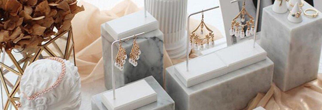 Creative Earring Display Ideas